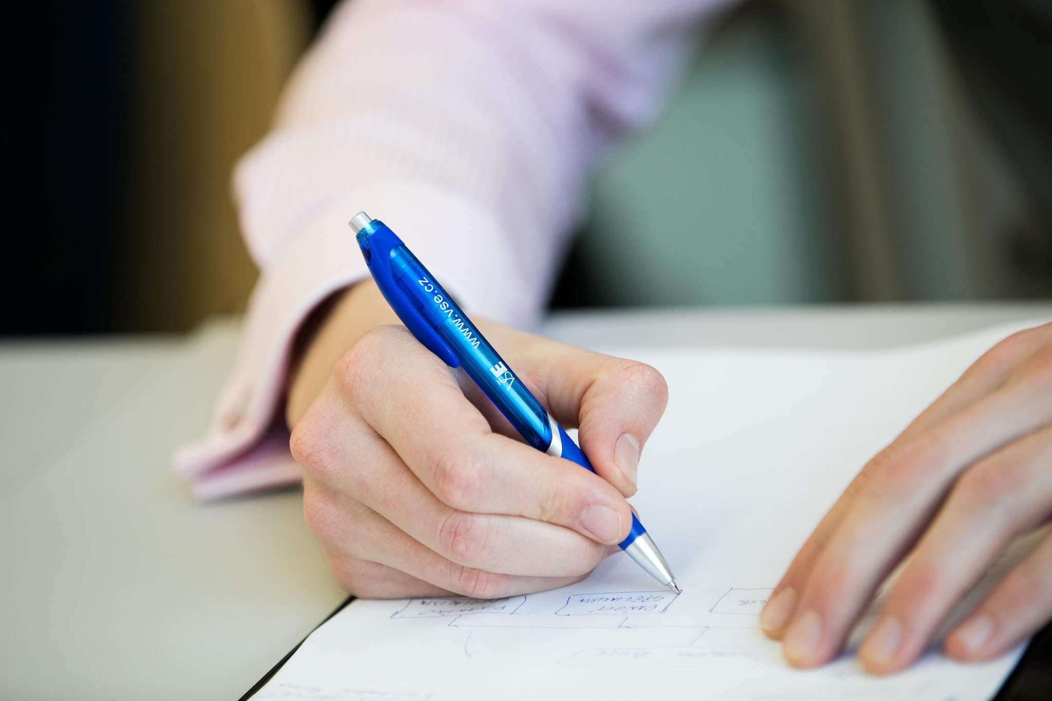 Magisterský kurz vněmeckém jazyce – Základní pojmy voblasti zdanění a účetnictví jednotlivců a firem